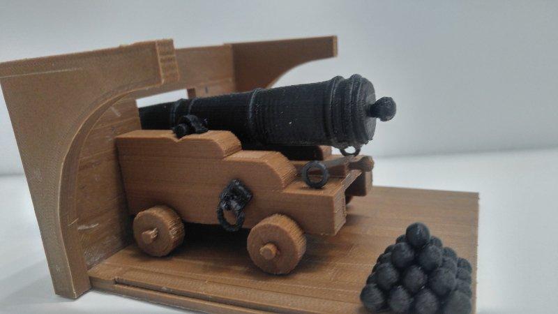cannon1.jpg